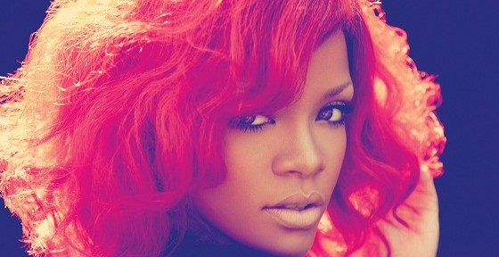 Rihanna_loud_photoshoot_2560x1600