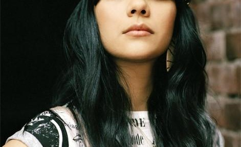bat-for-lashes-02