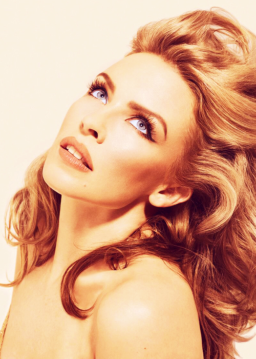 kylie-minogue-2015