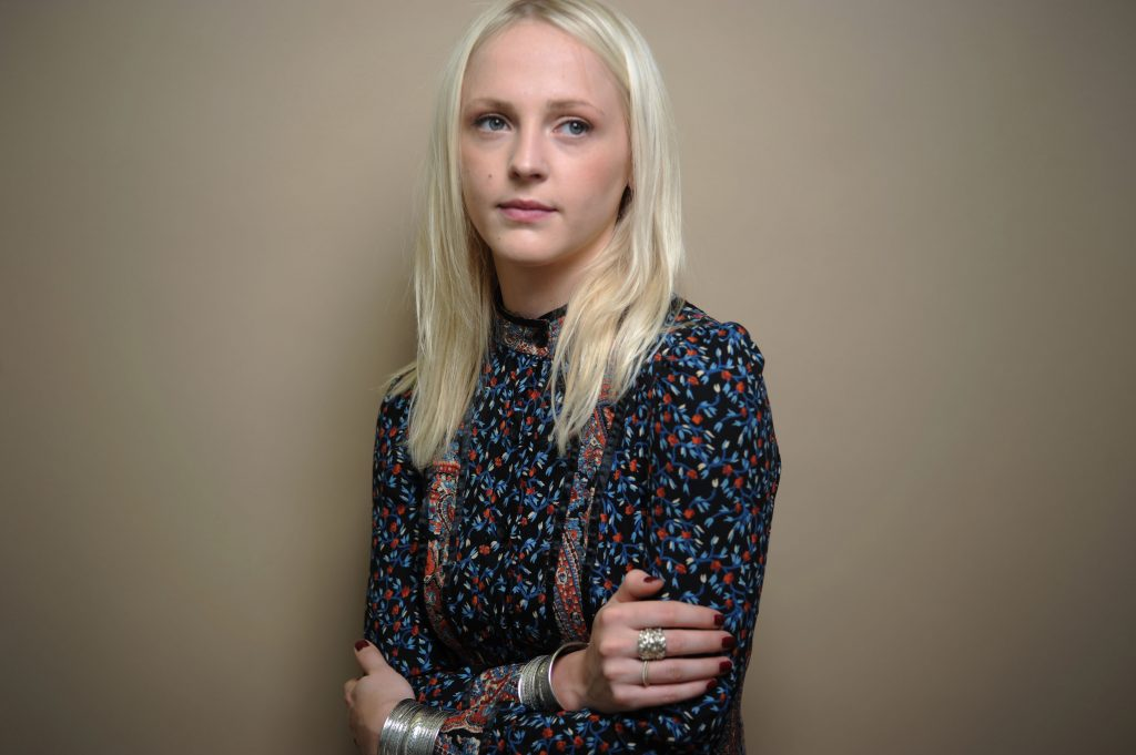 109_lauramarling-photo-1